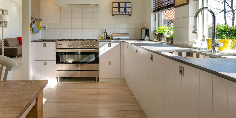 Spotless Kitchen using Homemade Non Toxic Cleaning Products
