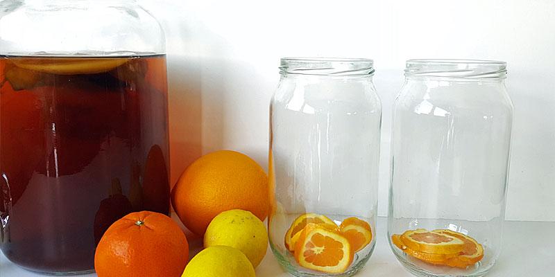 Kombucha with empty jars