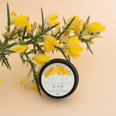 Manuka-Honey-and-Calendula-Lip-Balm