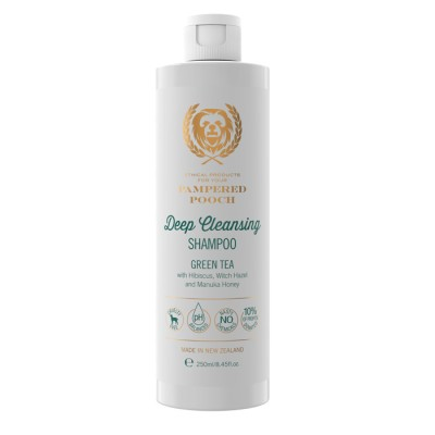 Deep Cleansing Shampoo with Green Tea Image