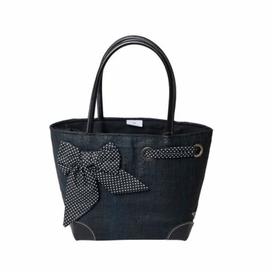 French Basket. Small Black & White Dots Image