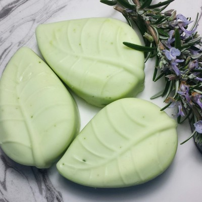 Rosemary and Lavender Leaf Solid Shampoo Image