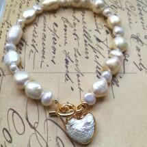 Bjioux Heart Pearl Bracelet