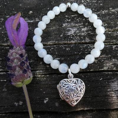 Rainbow Moonstone Aroma Bracelet. Silver Image