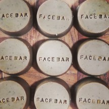 Face Bar - Manuka Honey & Oats Image