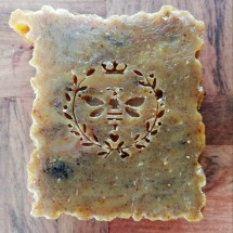 Body Bar - Manuka Honey Oat & Cinnamon - Soap Image