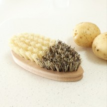 Vegetable Brush - French