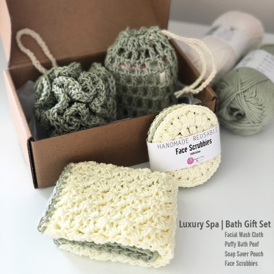 Hand crocheted Luxury Spa   Bath Gift Set 1 Image
