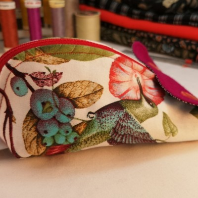KimiKit – Handcrafted Sewing Kit: Holly Image