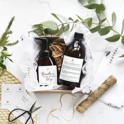 Foaming Handwash with Refill Gift Box Image