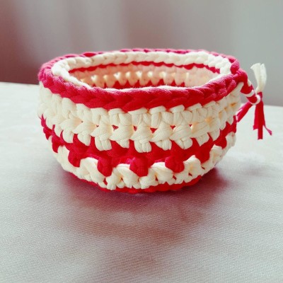 Stylish Red and off white crochet basket Image
